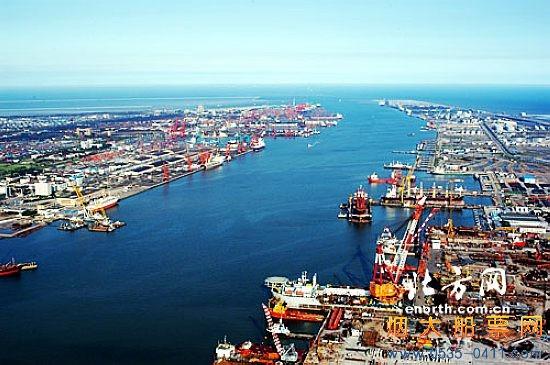天津港――中国最大的人工港